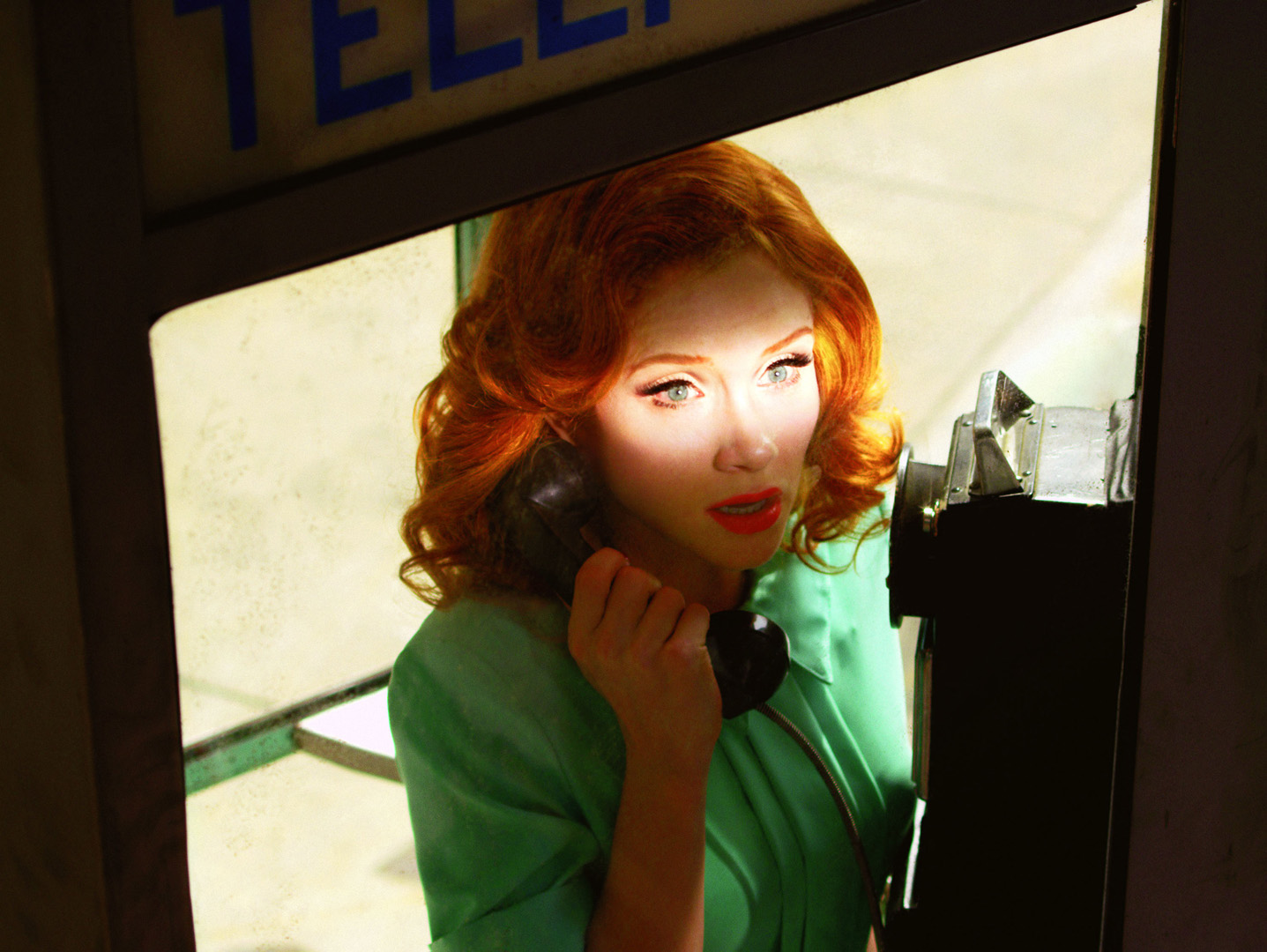Alex Prager, Despair Film Still #2, 2010. © Alex Prager. Courtesy The Photographers Gallery