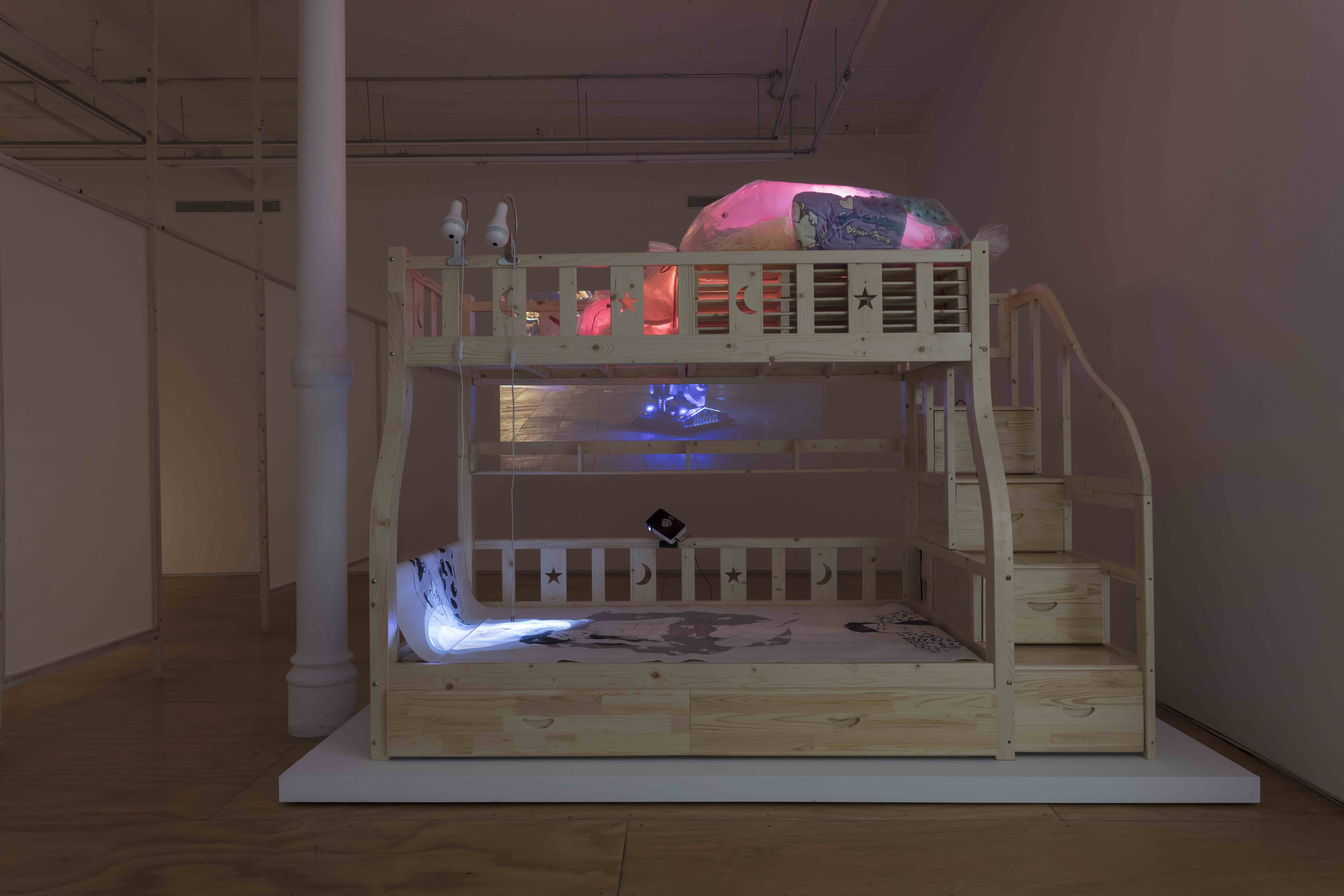 Amy Lien and Enzo Camacho, Mother Holding Taobao Child, 2018, installation view, courtesy Canal 47
