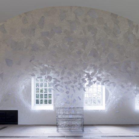 Chiharu Shiota, Beyond Time, 2018. Copyright VG Bild-Kunst, Bonn, 2018 and the artist.