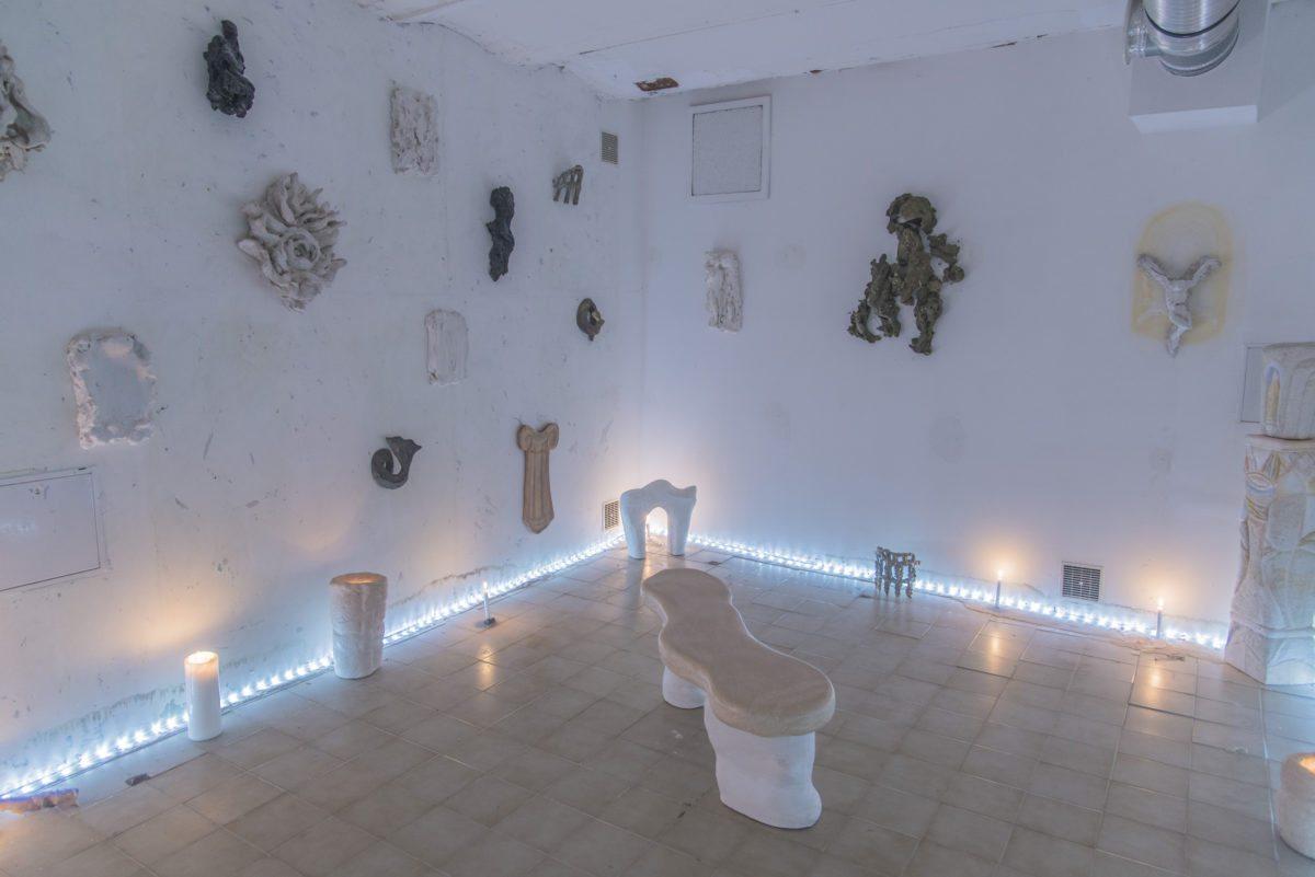 Sacra Conversazione, curated by Emmanuelle Luciani and Ch Cosson, with artworks by Bella Hunt and DDC, Giovanni Copelli, Sergio Ruffato and Gérard Traquandi photo James Ruffato