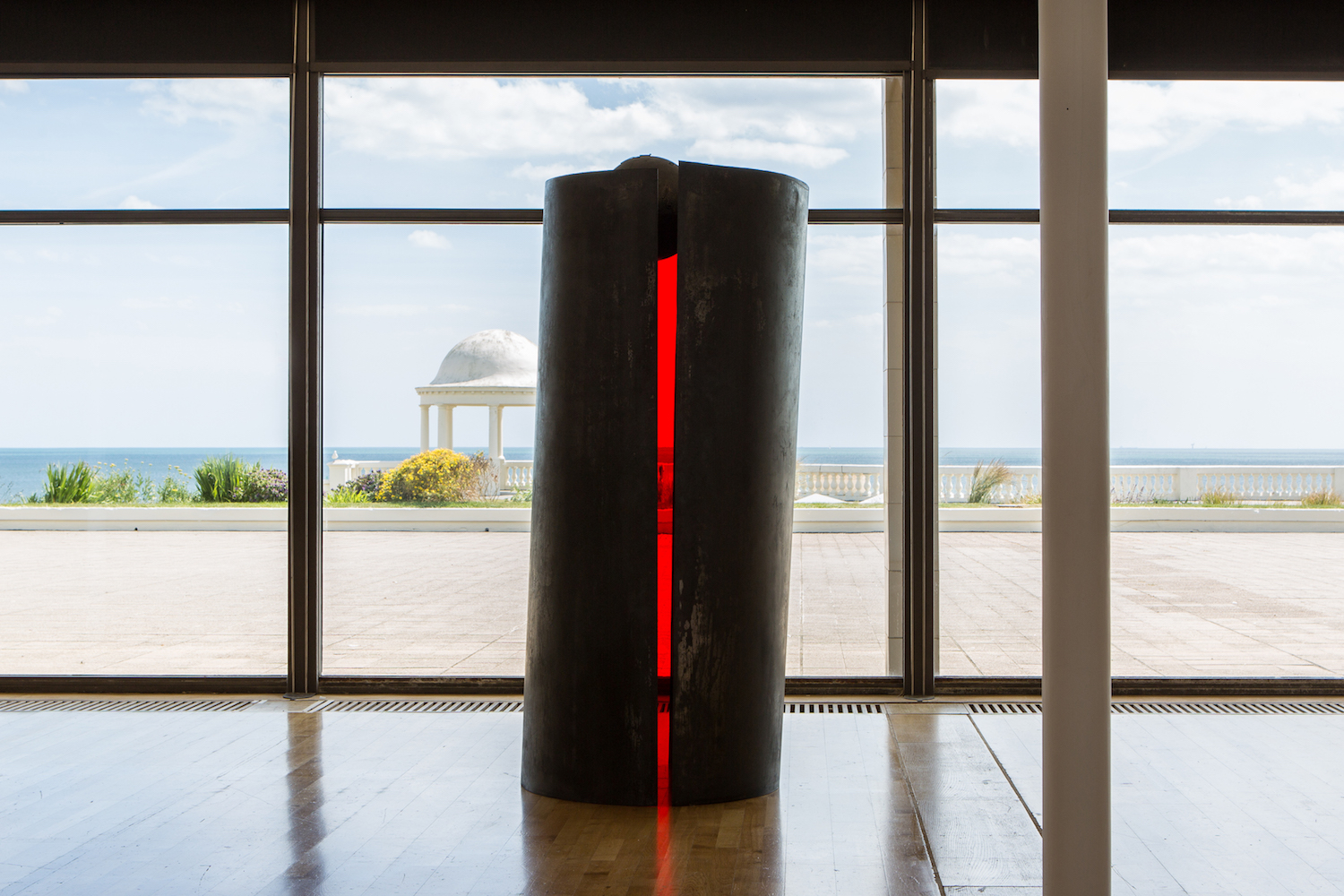 Installation view of 'Alison Wilding: Right Here and Out There' at the De La Warr Pavilion. Courtesy the artist and Karsten Schubert London. Photo © Rob Harris