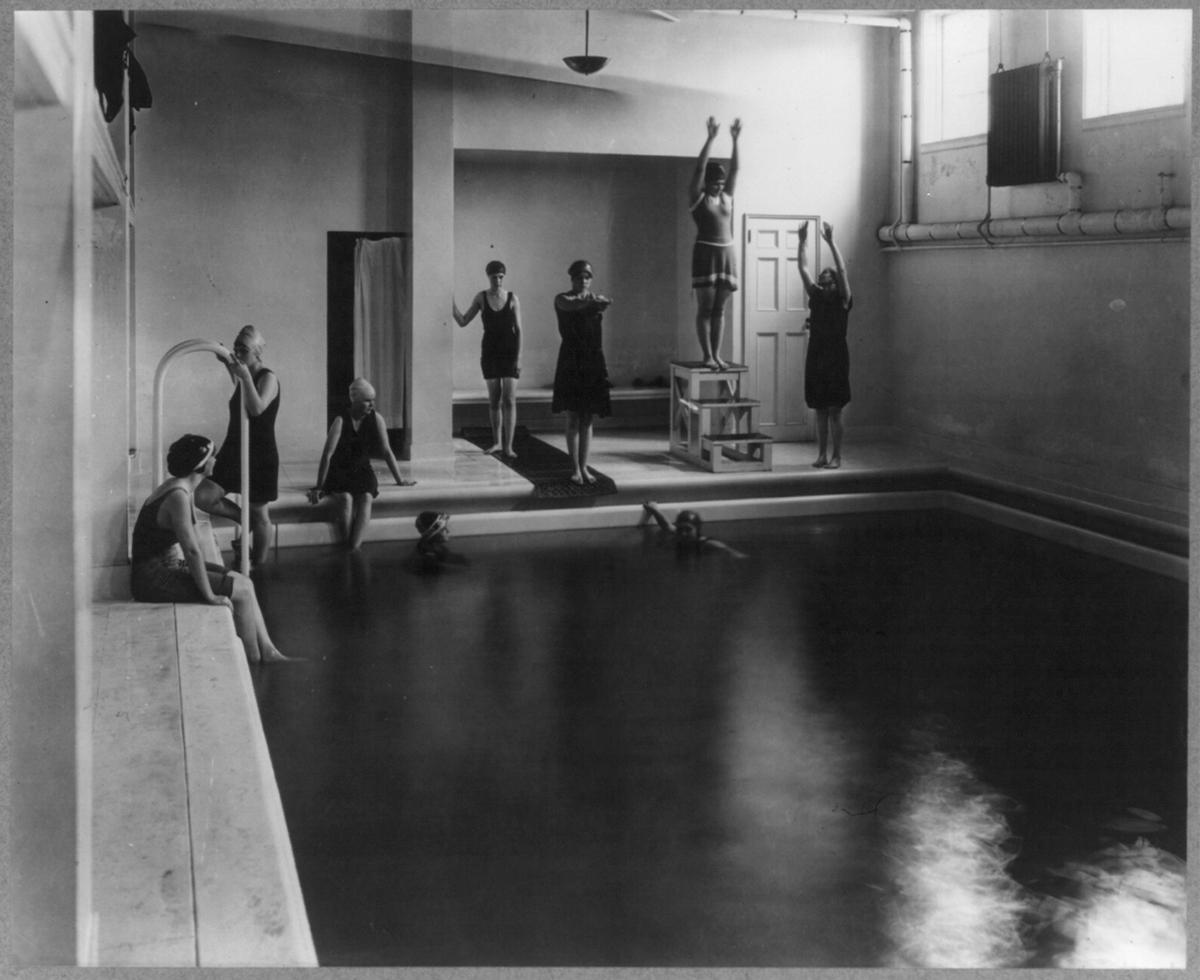 Washington, D.C. Mount Vernon Seminary. Girls in swimming pool Contributor Names Johnston, Frances Benjamin, 1864-1952. © Library of congress