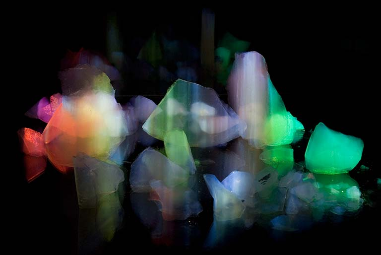Liliane Lijn, Heavenly Fragments, 2008, © the artist