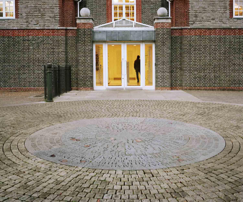 Serpentine Gallery © 2007 John Offenbach