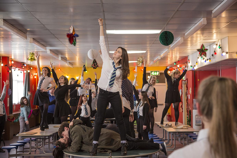 Ella Hunt (Anna), Marli Siu (Lisa), Christopher Leveaux (Chris) & dancers in Hollywood Ending