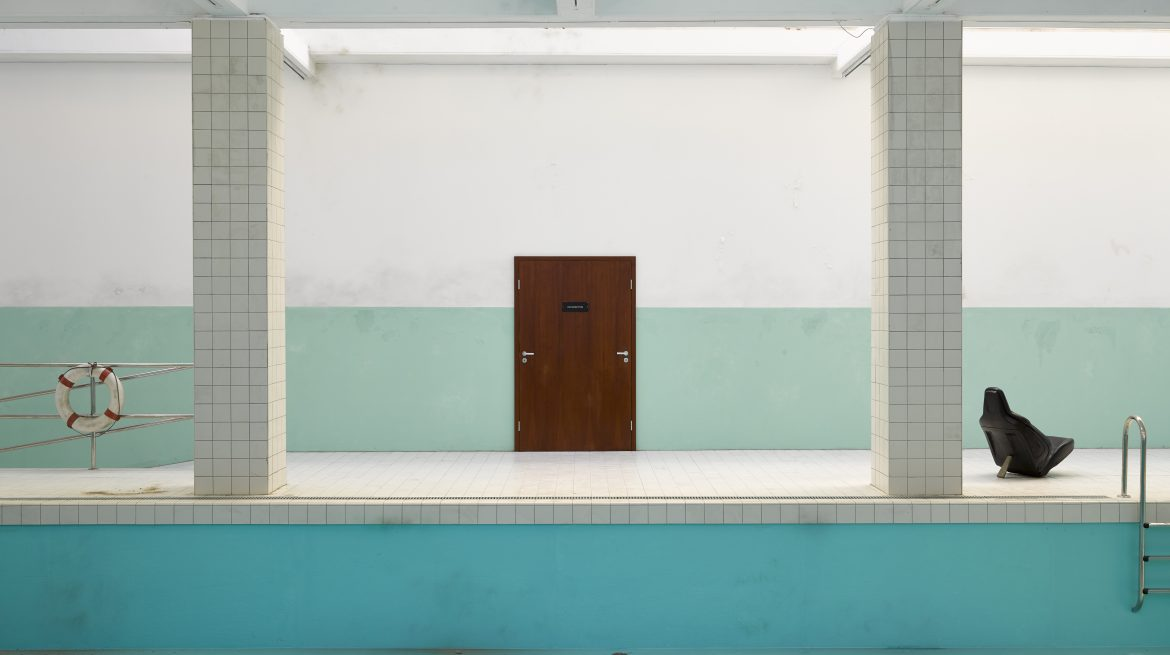 Elmgreen & Dragset, The Whitechapel Pool (2018) © Whitechapel Gallery / Jack Hems
