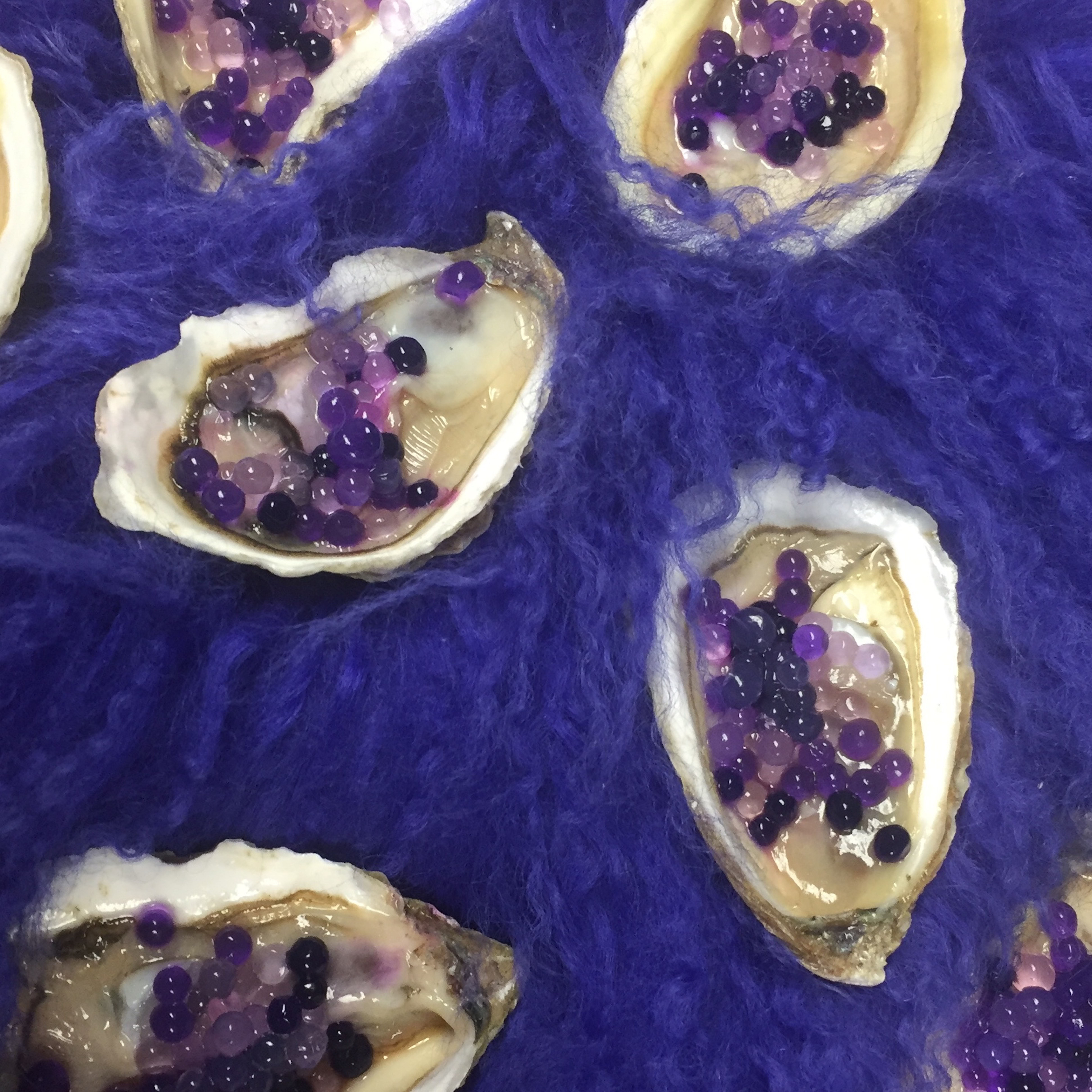 Oysters with agar pearls for KARA photoshoot, November 2018