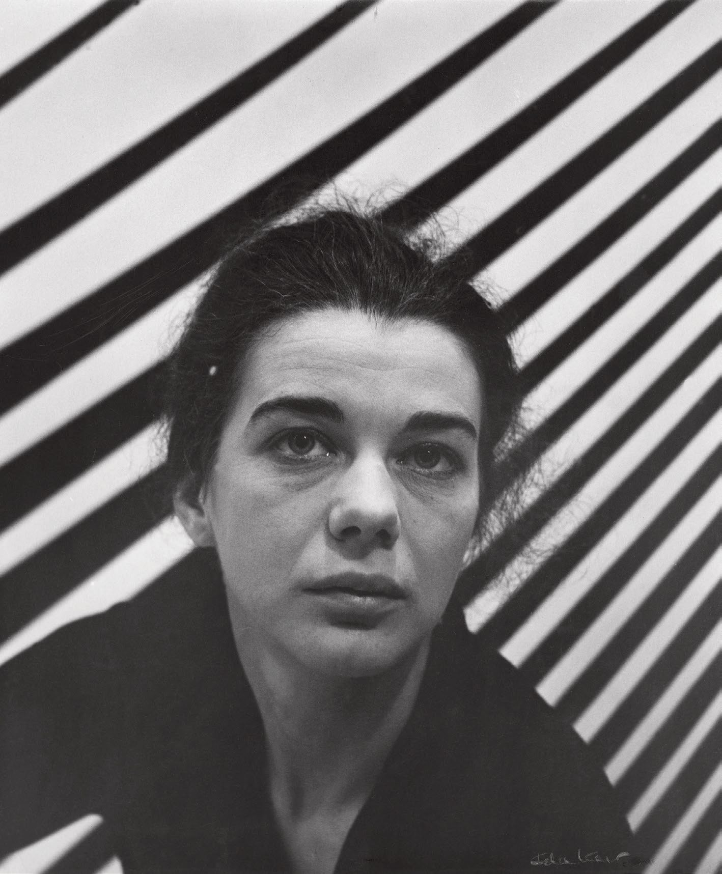 Bridget Riley, 1963, photo by Ida Kar. Image from the book Bridget Riley A Very Very Person.