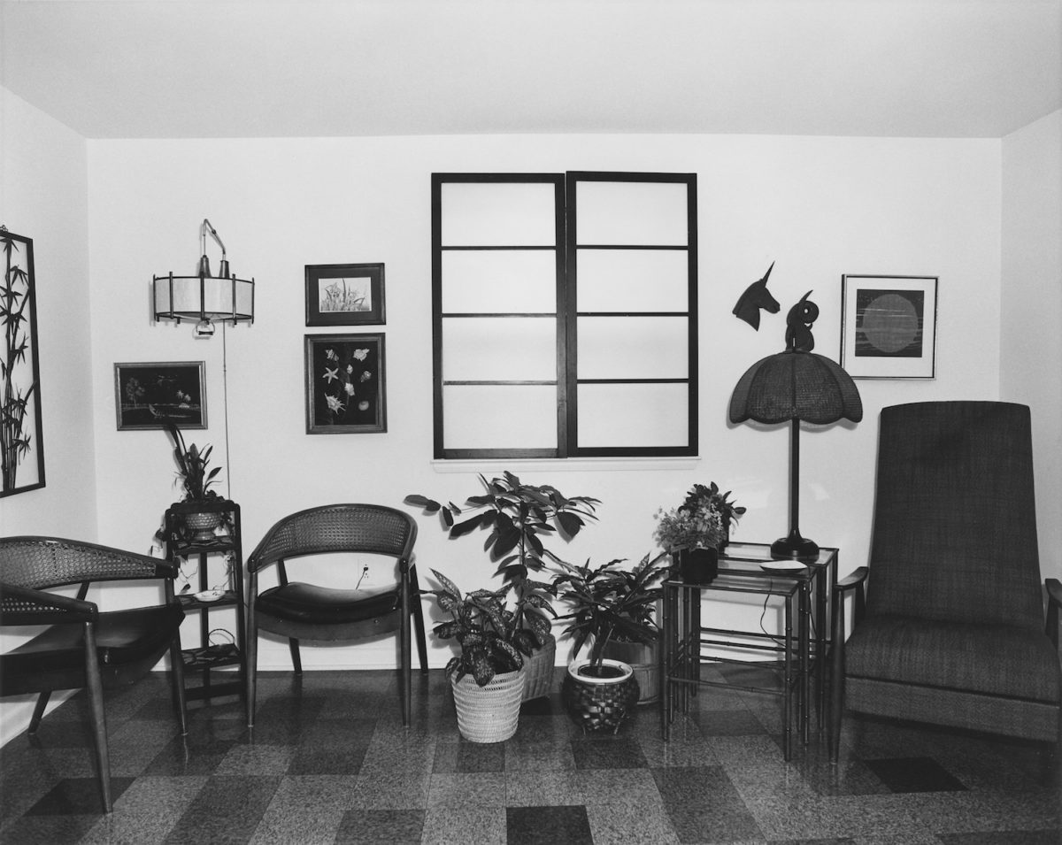 Arnold Kramer, Family Room, Randallstown, Maryland, 1977. Courtesy Joseph Bellows Gallery