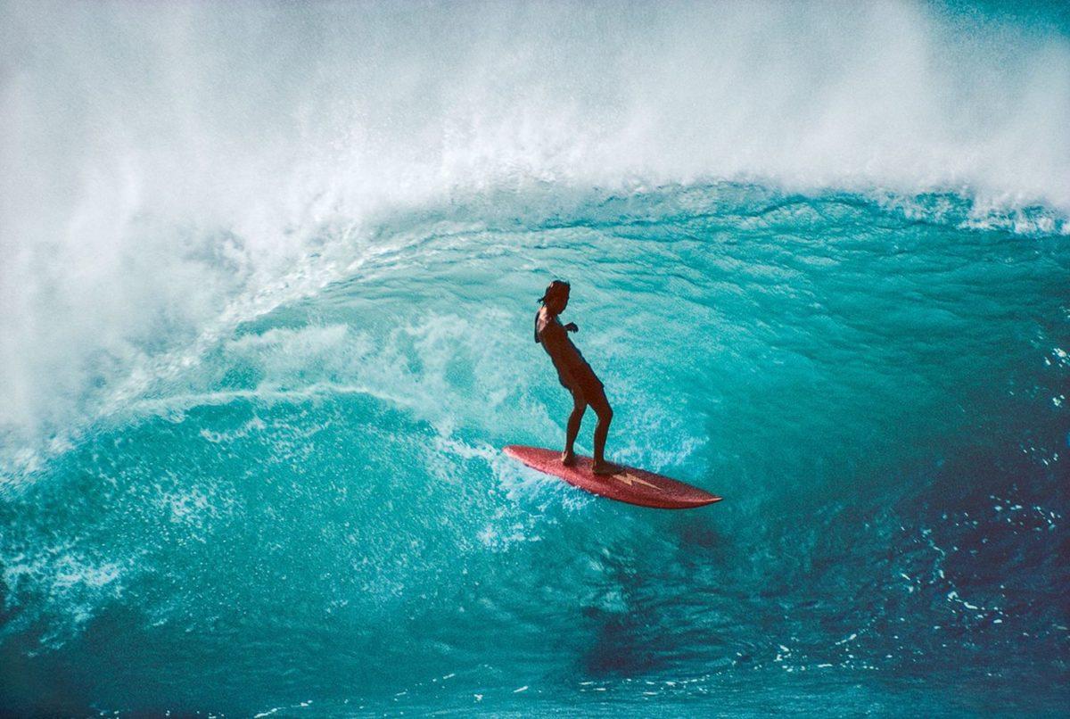 Gerry Lopez, Pipeline, Hawaii 1975. Photo © Jeff Divine