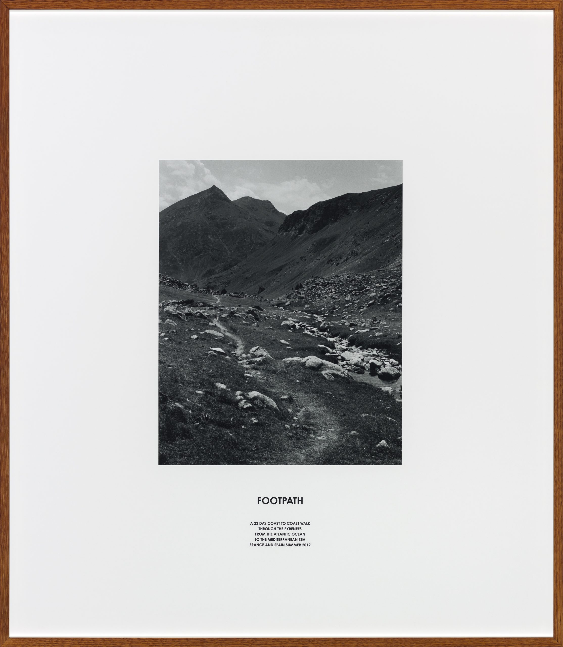 Hamish Fulton, Footpath, 2016. Courtesy Galerie Thomas Schulte.