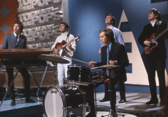 FEC8MG ZOMBIES English pop group on BBC TV's Top of the Pops in September 1965. Photo Tony Gale. Image shot 1965. Exact date unknown.