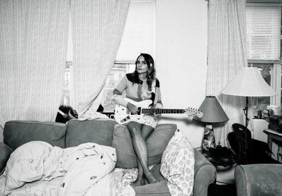 Mirror Sound, Sadie Dupuis, photo by Daniel Topete
