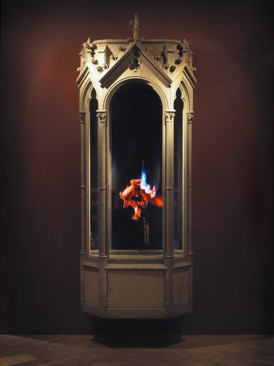 Mat Collishaw, Auto-Immolation, 2010. Photo courtesy of the artist