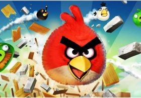 Angry Birds game loading screen © Stock Experiment / Alamy Stock
