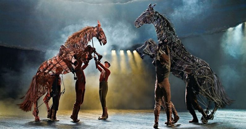 War Horse stage production. Photo by Brinkhoff Mogenburg. Courtesy National Theatre