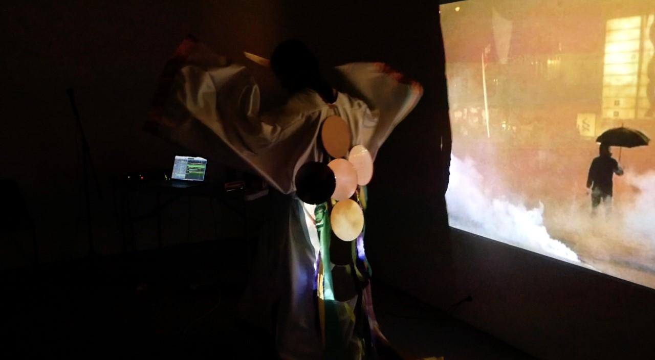 Bo Choy, Gau Wu Oi Ming 鳩嗚哀鳴, Performance at Slade School of Art, London, 2019