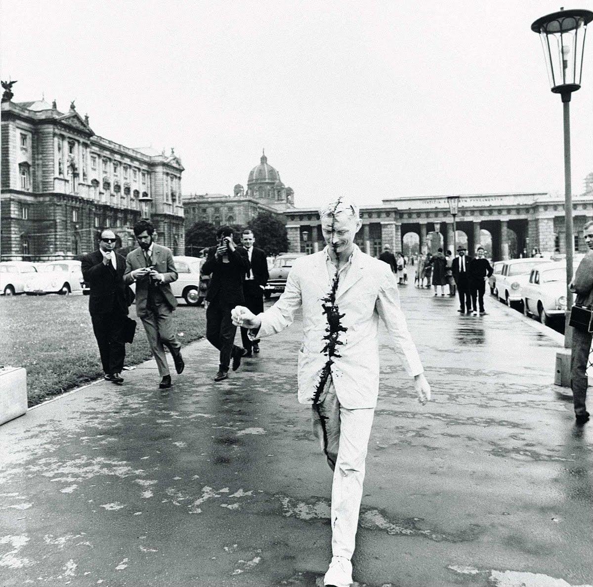 Günter Brus, Wiener Spaziergang (Vienna Walk), 1965