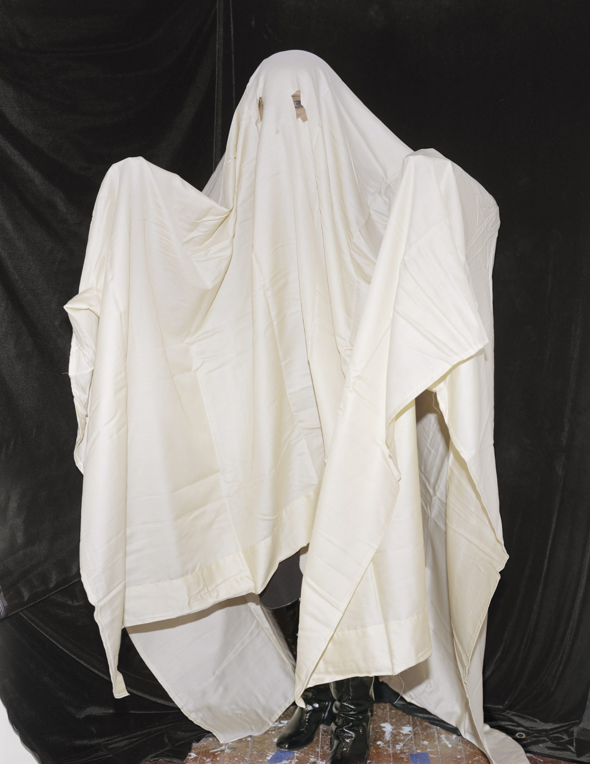 Whitney Hubbs, Untitled (Ghost), 2021. Courtesy the artist