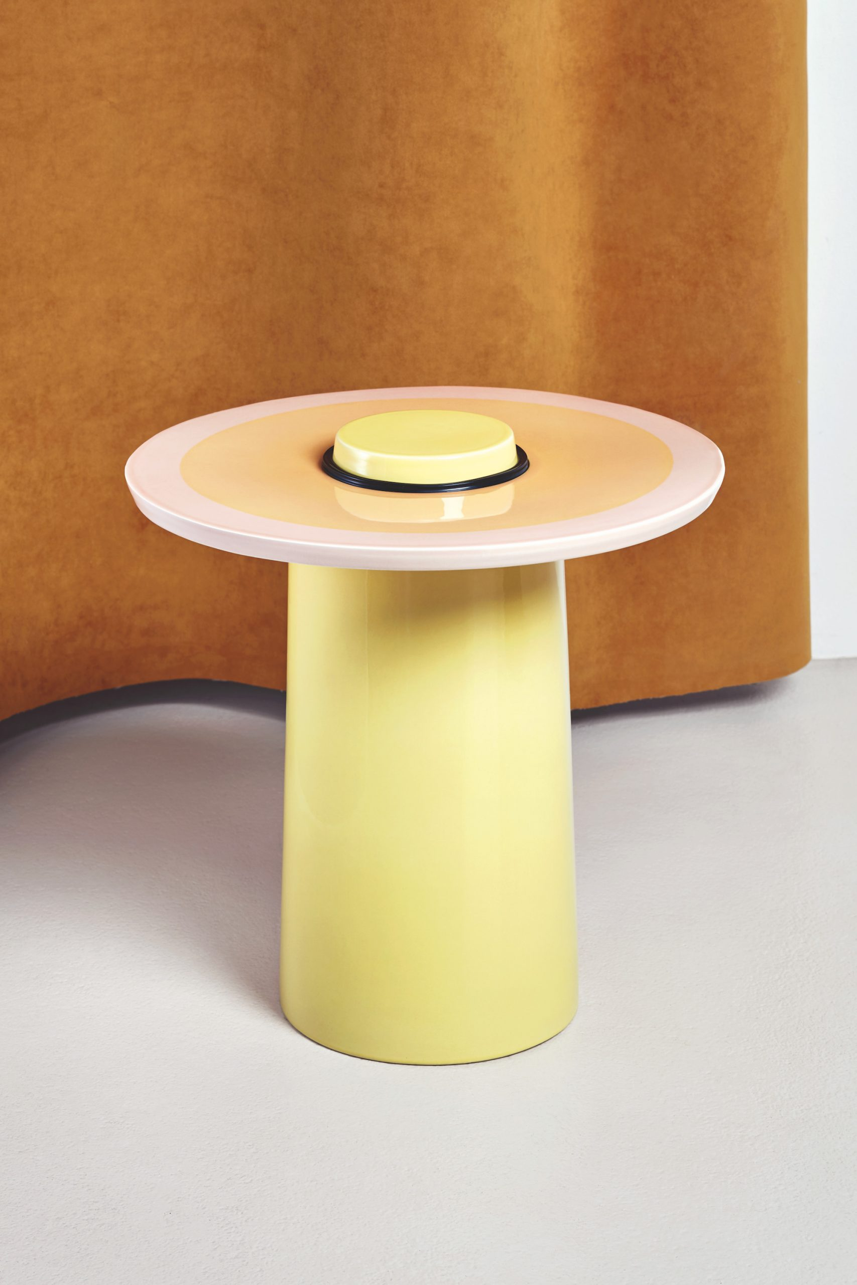Table Top Yellow